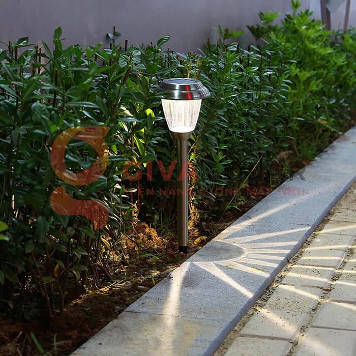 Đèn trang trí sân vườn GV-20 3