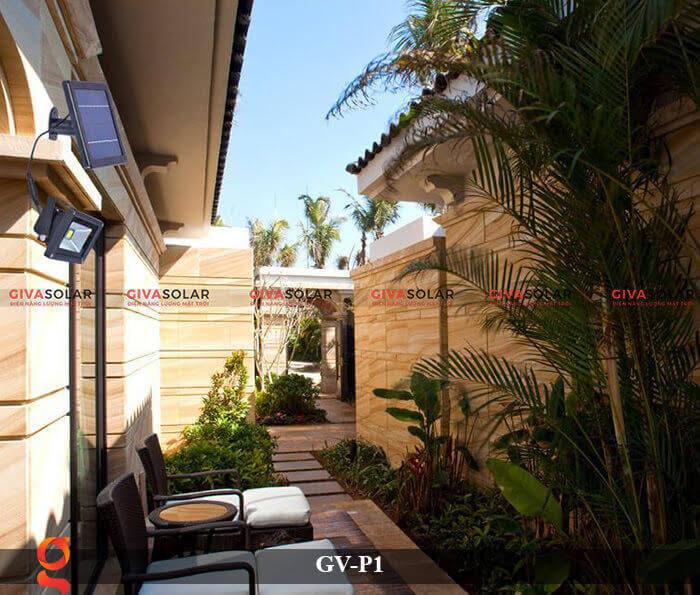 Đèn pha chiếu sáng năng lượng mặt trời GV-P1 11