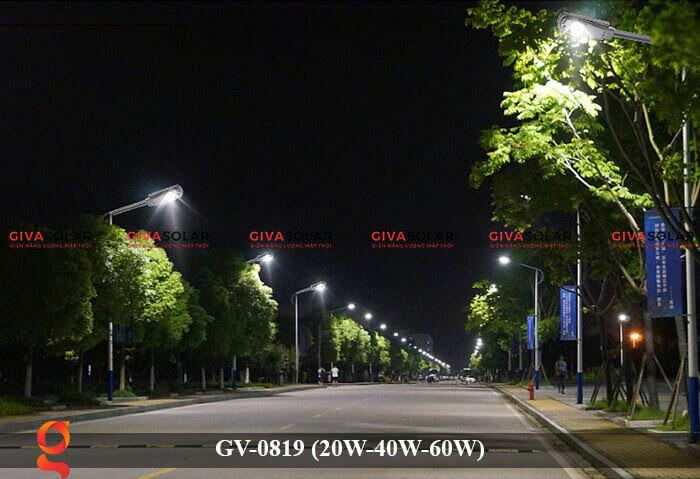 Đèn chiếu sáng đường phố năng lượng mặt trời GV-0819 20W 40W 60W 4