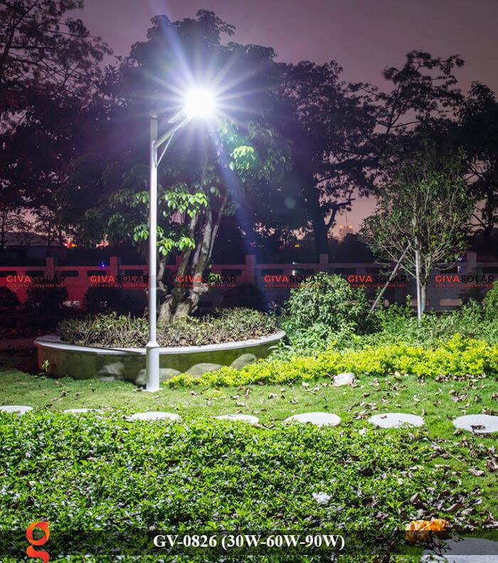 Đèn chiếu sáng đường phố năng lượng mặt trời GV-0826 30W-60W-90W 10