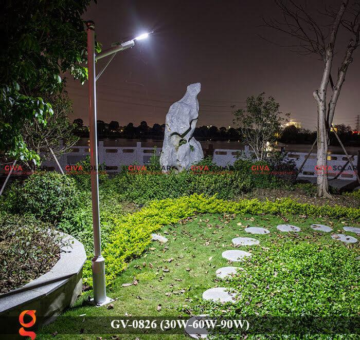 Đèn chiếu sáng đường phố năng lượng mặt trời GV-0826 30W-60W-90W 11