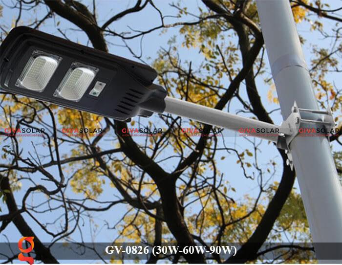 Đèn chiếu sáng đường phố năng lượng mặt trời GV-0826 30W-60W-90W 20