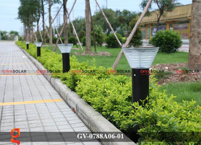 Đèn năng lượng mặt trời trang trí sân vườn GV-0788A06-01 3