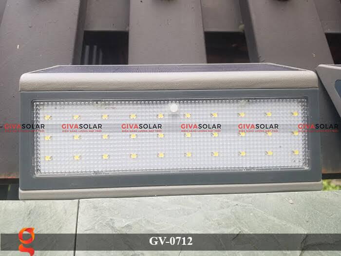 Đèn treo tường trang trí năng lượng mặt trời GV-0712 1