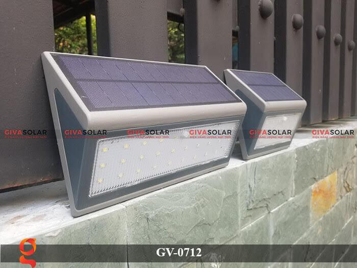 Đèn treo tường trang trí năng lượng mặt trời GV-0712 2