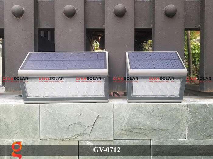 Đèn treo tường trang trí năng lượng mặt trời GV-0712 4