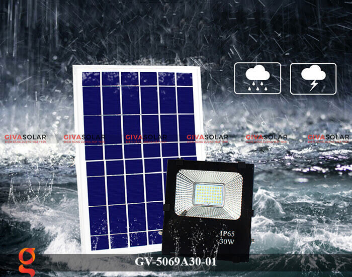 Đèn pha năng lượng mặt trời cao cấp GV-5069A30-01 9