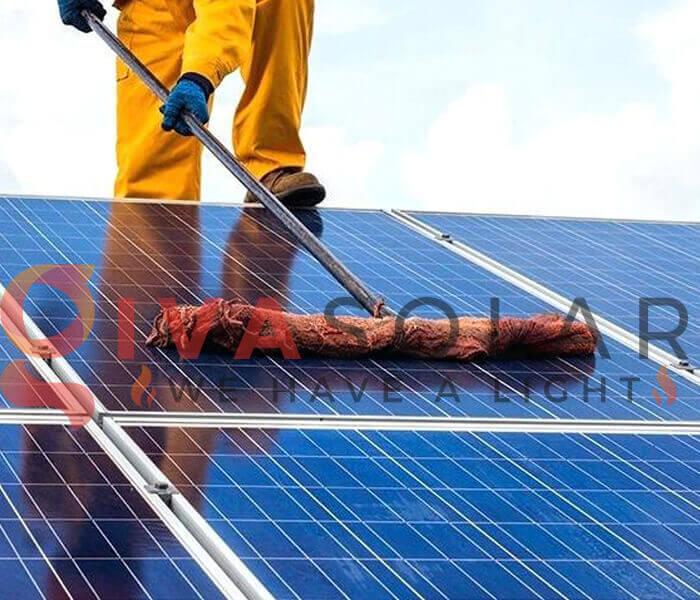 Cách làm sạch tấm pin năng lượng mặt trời