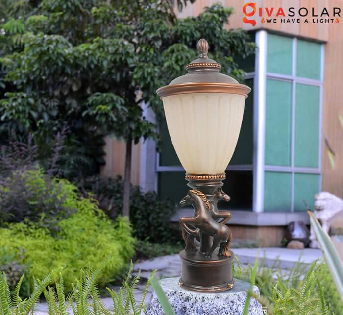 Đèn trụ cổng năng lượng mặt trời 1