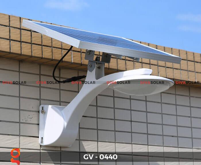 Đèn chiếu sáng đường năng lượng mặt trời GV-0440 14