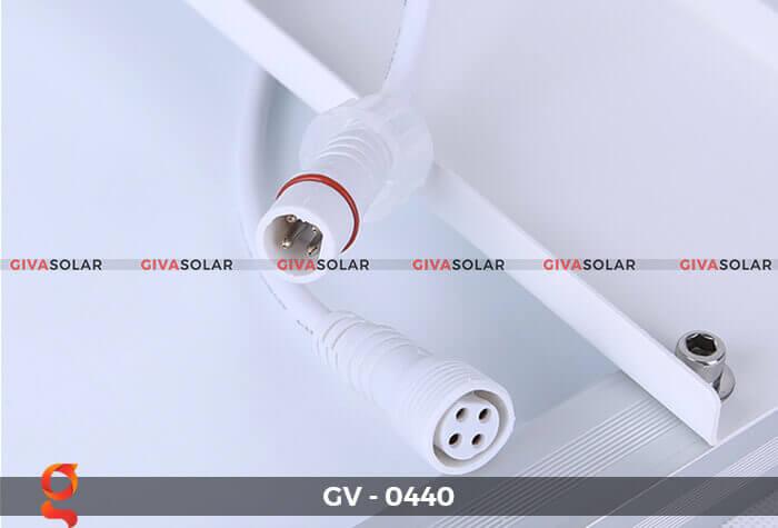 Đèn chiếu sáng đường năng lượng mặt trời GV-0440 15
