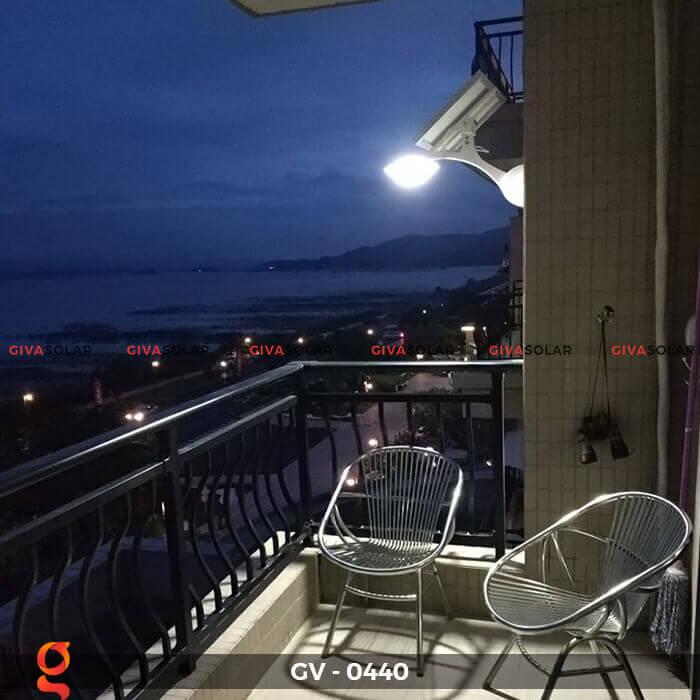 Đèn chiếu sáng đường năng lượng mặt trời GV-0440 6