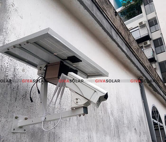Có đủ chỗ để lắp đặt tấm pin năng lượng mặt trời cho camera an ninh không?