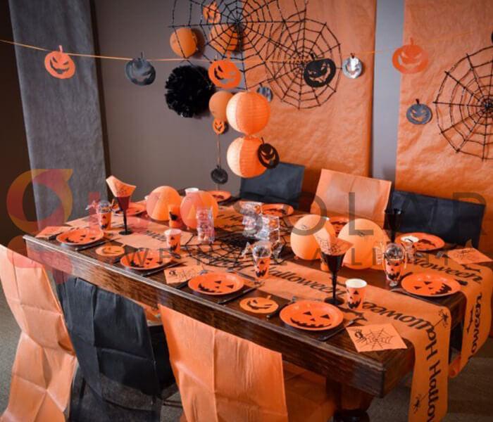 Ý tưởng trang trí Halloween cho nhà hàng, quán ăn 9