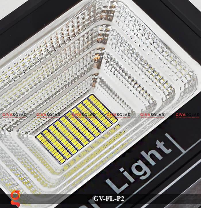 Đèn pha sử dụng năng lượng mặt trời GV-FL-P2 16