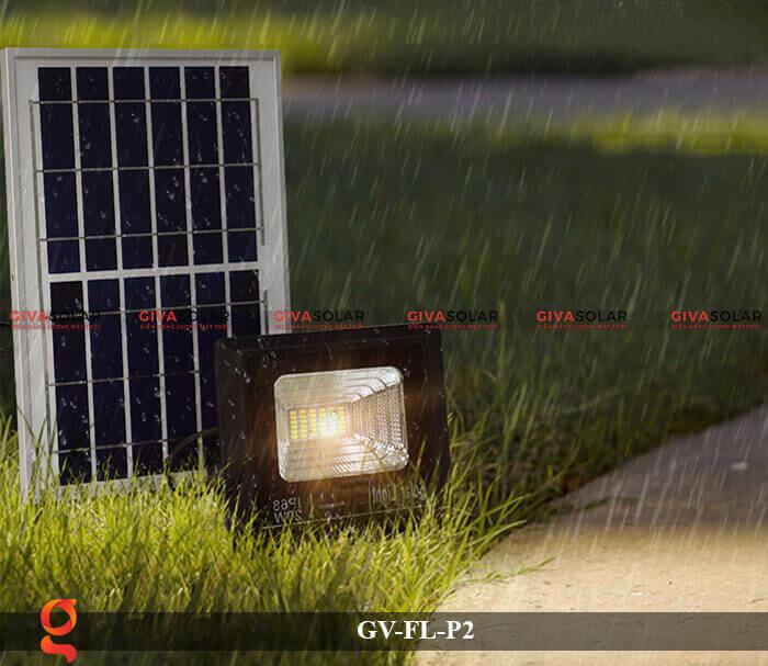 Đèn pha sử dụng năng lượng mặt trời GV-FL-P2 8