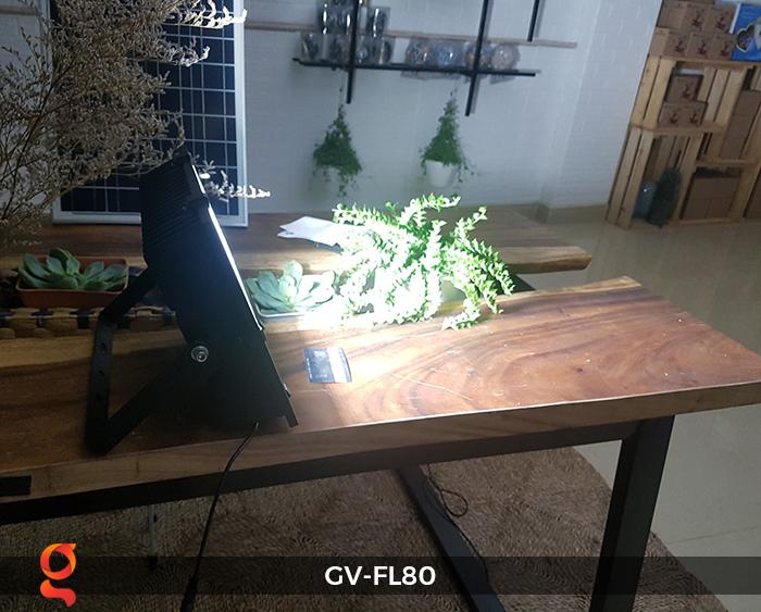 Đèn pha năng lượng mặt trời GV-FL80 80w 6