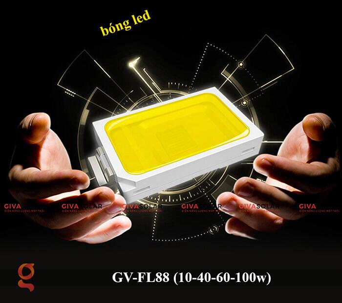 Đèn pha Led năng lượng mặt trời GV-FL88 13