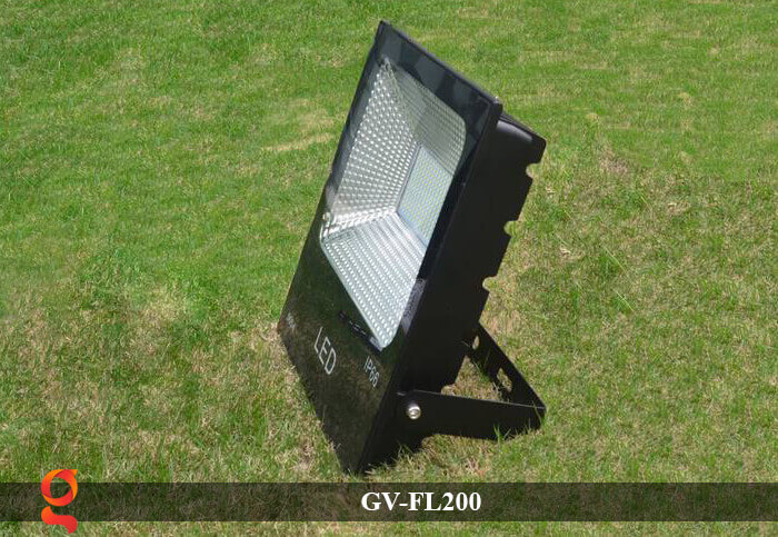den led pha nang luong mat troi GV-FL200 6