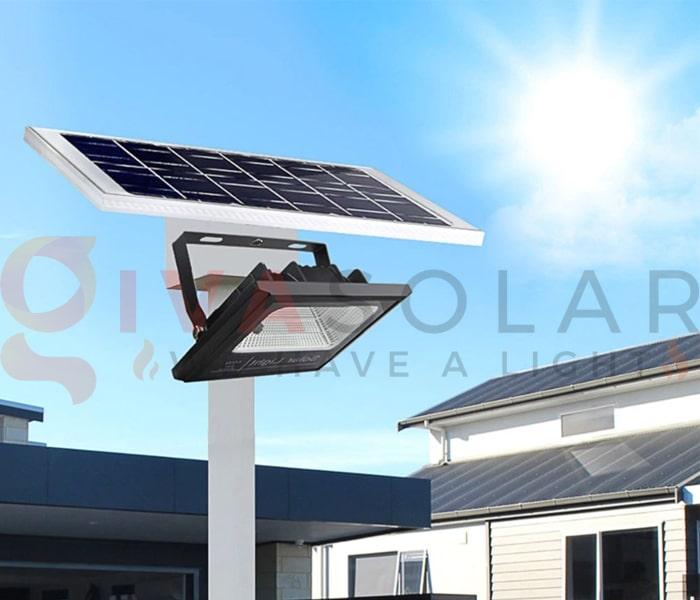 Hướng dẫn sử dụng đèn pha LED năng lượng mặt trời 5