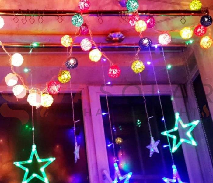 Hướng dẫn treo đèn trang trí Noel xung quanh cửa sổ 12