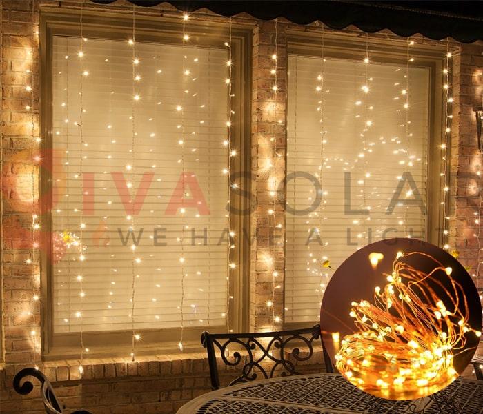 Hướng dẫn treo đèn trang trí Noel xung quanh cửa sổ 2
