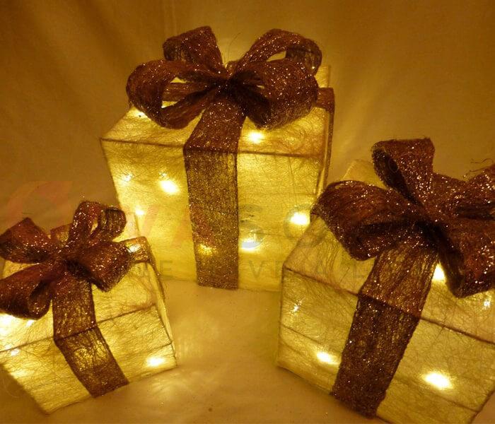 Ý tưởng sử dụng đèn trang trí cho mùa Giáng Sinh 10