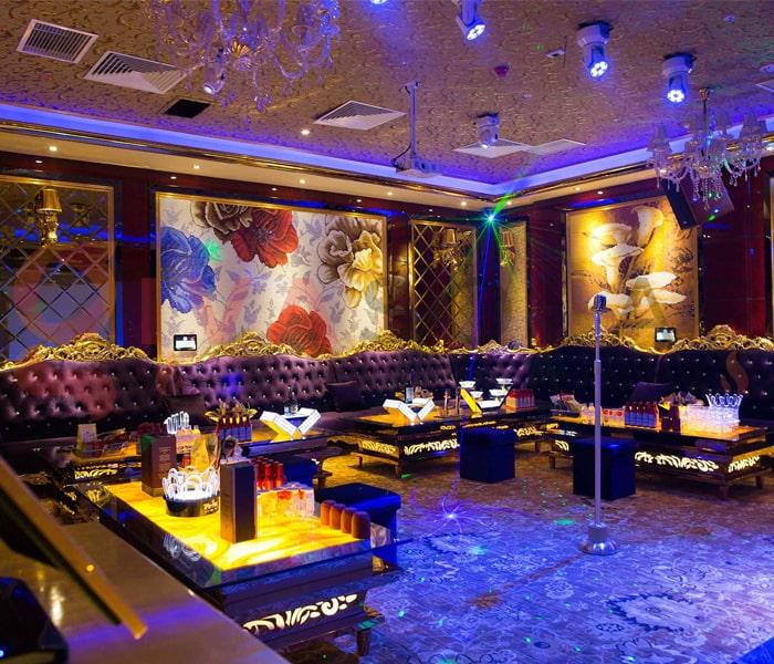 Kinh nghiệm sử dụng đèn trang trí phòng karaoke 11