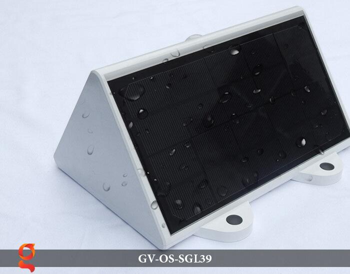Đèn LED năng lượng mặt trời treo tường GV-OS-SGL39 9