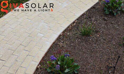 lắp đặt đèn cắm đất sân vườn năng lượng mặt trời 1