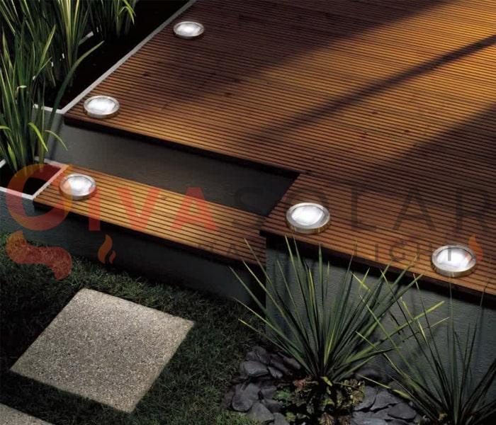 Sử dụng đèn năng lượng mặt trời cho sàn hiên nhà 2