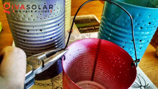 thiết kế đèn năng lượng mặt trời bằng hộp thiếc 7