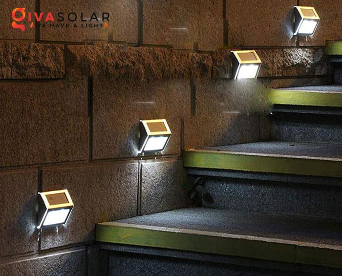 chọn mua đèn cầu thang ngoài trời năng lượng mặt trời 3