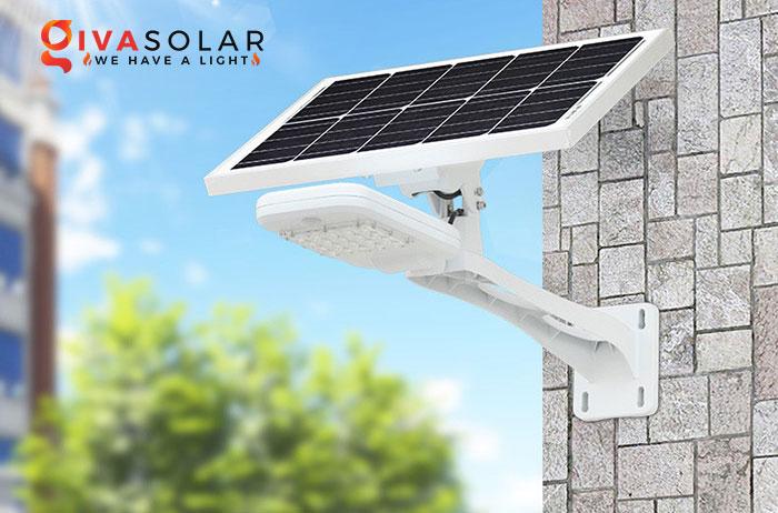 Đèn đường năng lượng mặt trời tích hợp với camera an ninh 3