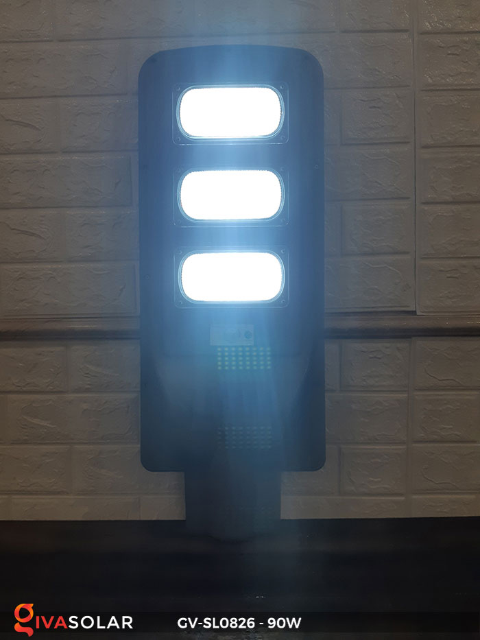Đèn chiếu sáng đường năng lượng mặt trời GV-SL0826 10