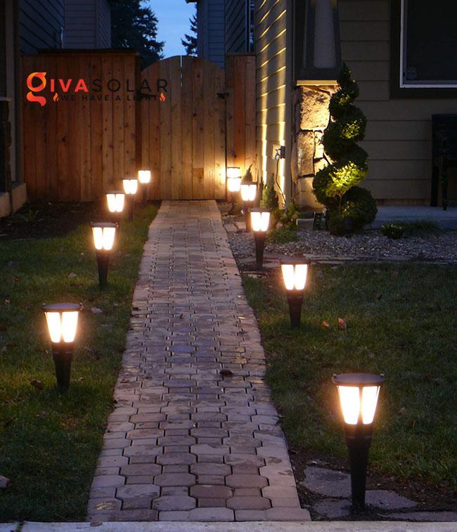 ý tưởng chiếu sáng sân vườn đẹp cho ngôi nhà của bạn 18
