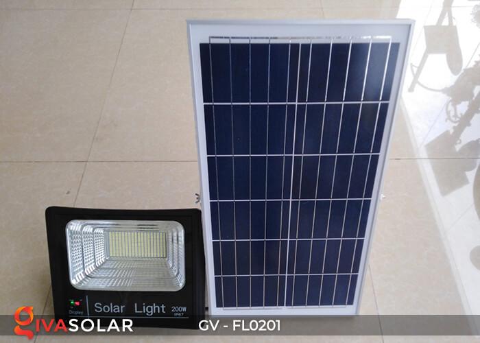 Đèn pha công suất lớn solar GV-FL0201 200W 4