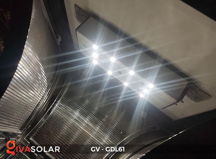 Đèn năng lượng mặt trời chiếu sáng sân vườn GV-GDL61 11