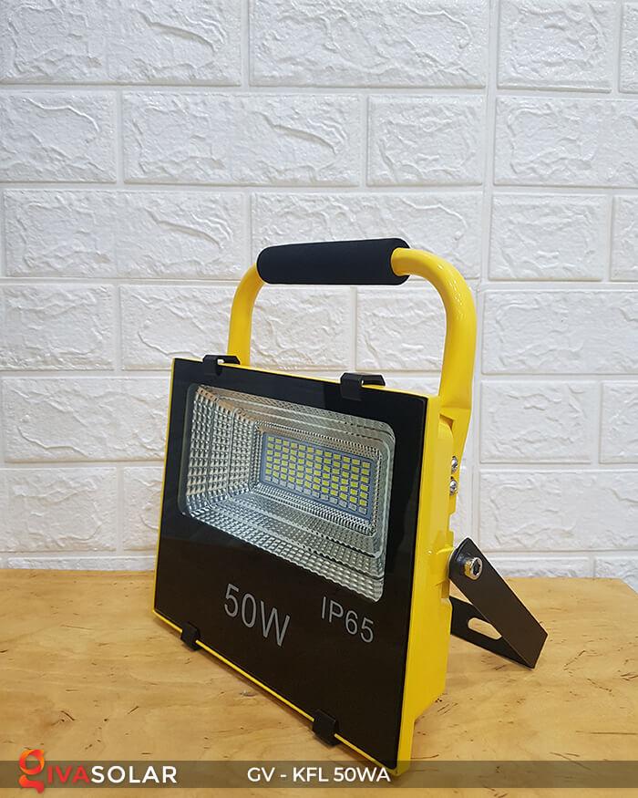 Đèn Pha Sạc điện GV-KFL-50WA 3