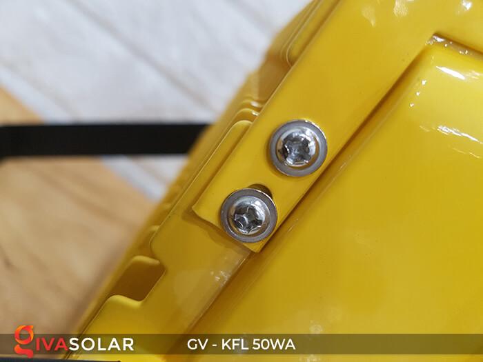 Đèn Pha Sạc điện GV-KFL-50WA 8
