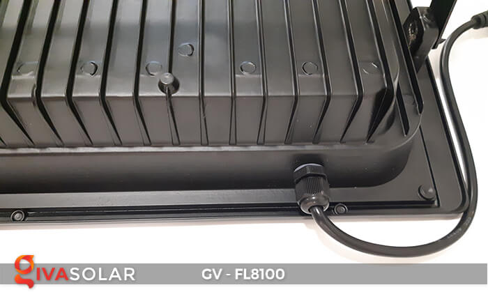 Đèn pha siêu sáng năng lượng mặt trời GV-FL8100 18