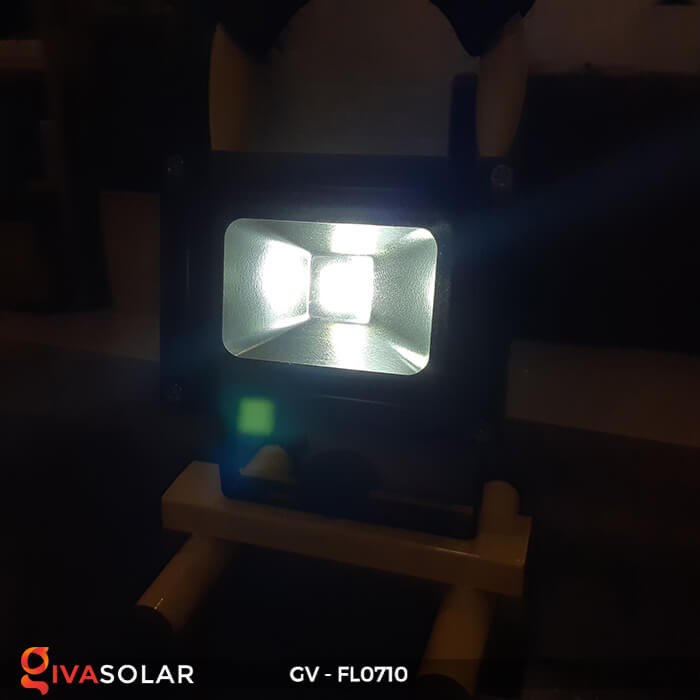 Đèn pha sạc mini 10W GV-FL0710 7