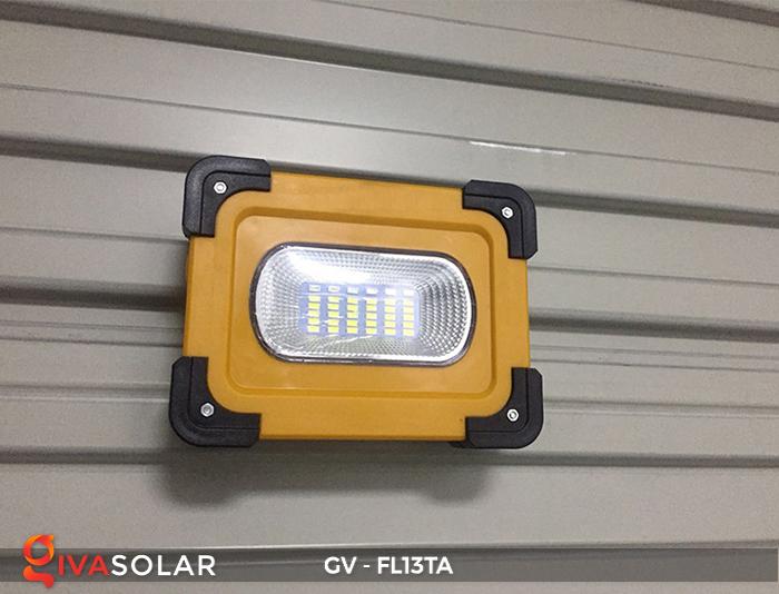 Đèn pha sạc mini năng lượng mặt trời GV-FL13TA 11