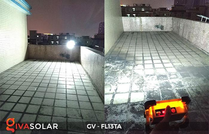 Đèn pha sạc mini năng lượng mặt trời GV-FL13TA 12