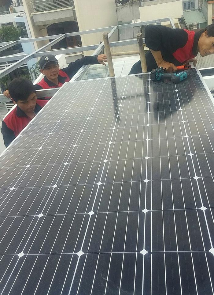 Hoàn thành lắp đặt hệ thống 7KW ở Quận 5 TPHCM 3