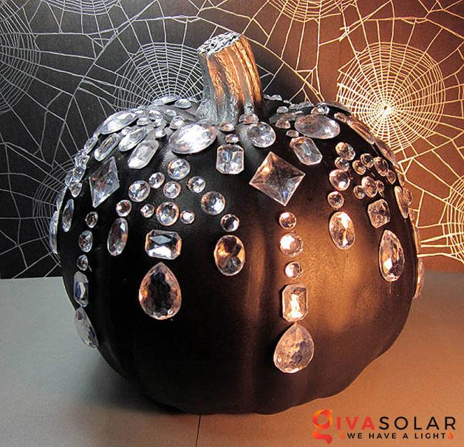 ý tưởng trang trí và khắc bí ngô đáo đáo cho lễ Halloween 28