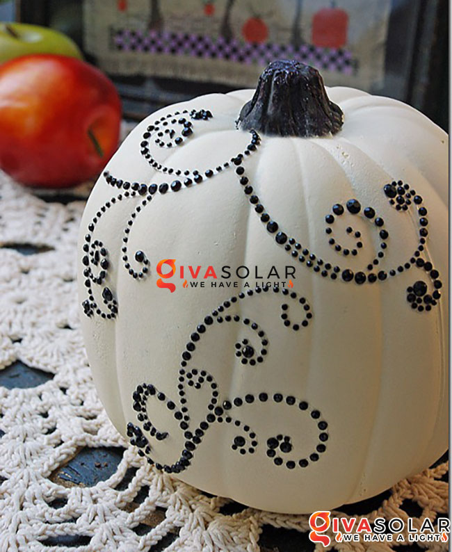 ý tưởng trang trí và khắc bí ngô đáo đáo cho lễ Halloween 34