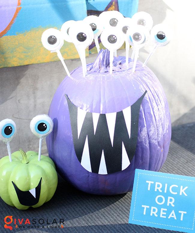 ý tưởng trang trí và khắc bí ngô đáo đáo cho lễ Halloween 46