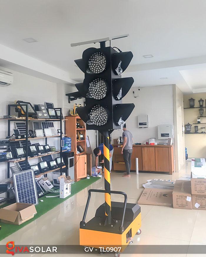 Đèn báo giao thông năng lượng mặt trời GV-TL0907 10