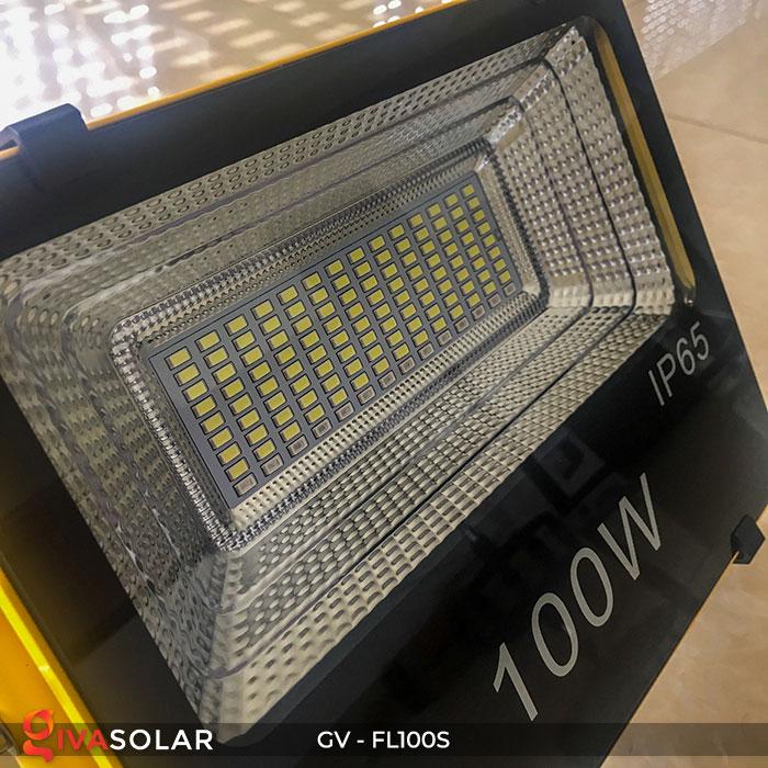 Đèn pha đa năng chạy năng lượng mặt trời GV-FL100S 15